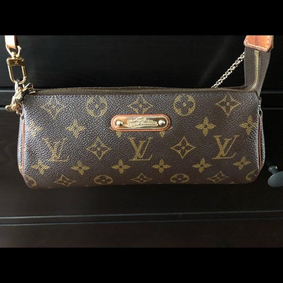 5de41d3bf626 Louis Vuitton Handbags - Louis Vuitton Monogram Eva Clutchbag